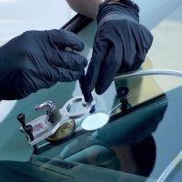 Устранение сколов на лобовом стекле авто