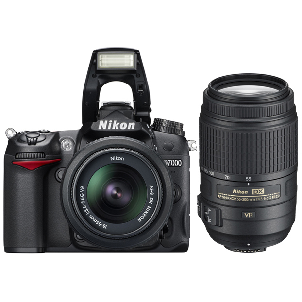 Nikon D7000 kit (18-55mm f/3.5-5.6G VR AF-S DX NIKKOR + 55-300