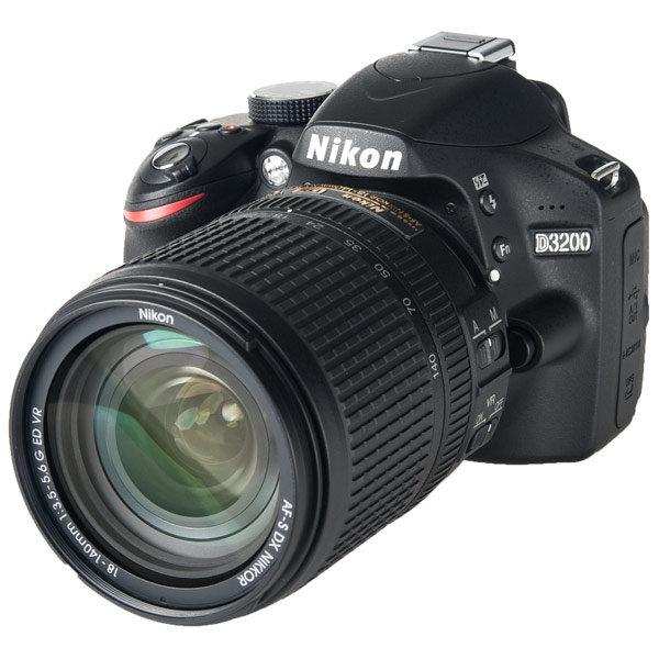 Nikon D3200 Kit 18-140 VR