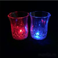 Мерцающая рюмка Light-up Liquid Activated Glass, 70 мл, 1 шт