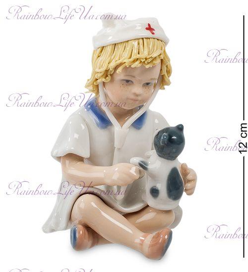 """Фигурка юный доктор """"Pavone"""""""