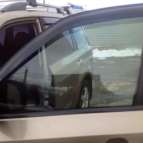 Тонировка атермальной пленкой бокового стекла авто
