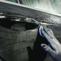 Чистка кузова автомобиля глиной
