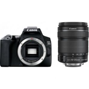 Canon EOS 250D Kit 18-135mm IS