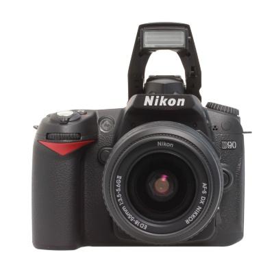 Nikon D90 Kit 18-55 VR II