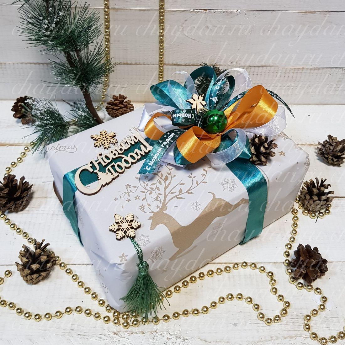 """Коробка с чаем, медом, сладостями и орехами """"Метель"""""""