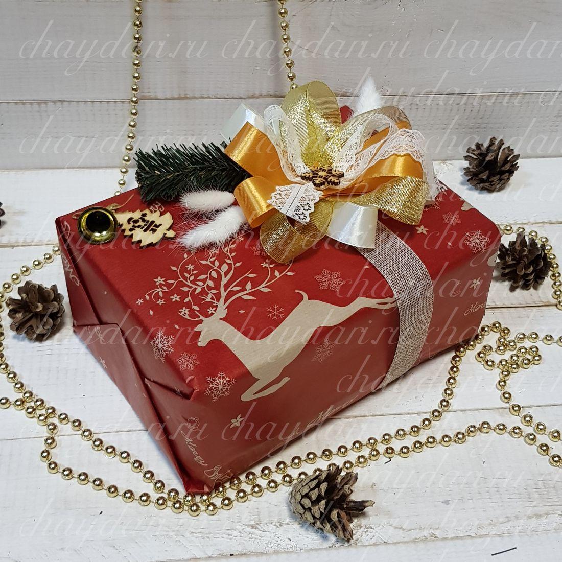 """Коробка с чаем и сладостями """"Олени и кружево"""""""