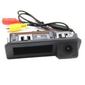Камера заднего вида Skoda Kodiaq в ручку багажника