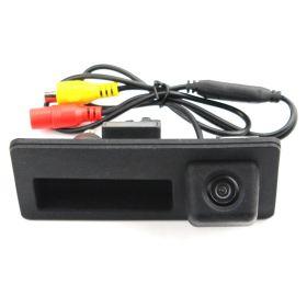 Камера заднего вида Skoda SuperB в ручку багажника (2016+)