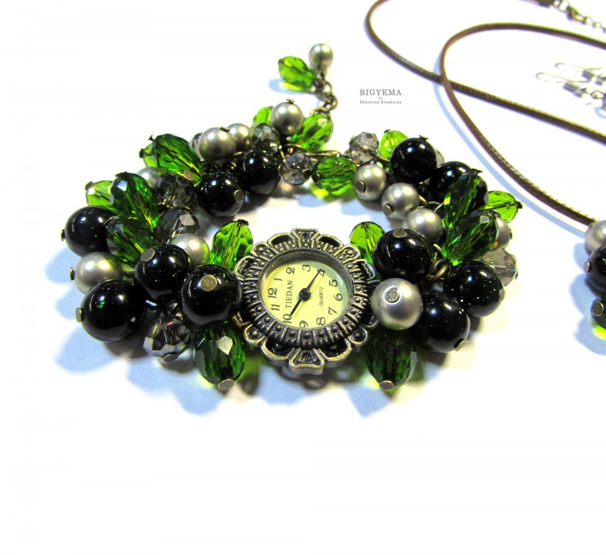 Подарочный комплект украшений с авантюрином «Аромат леса». Часы наручные, кулон, серьги.