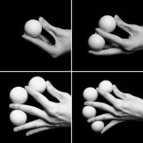 Умножающиеся шары (белые) - Multiplying Balls (для левой руки)