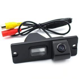 Камера заднего вида Mitsubishi Carisma