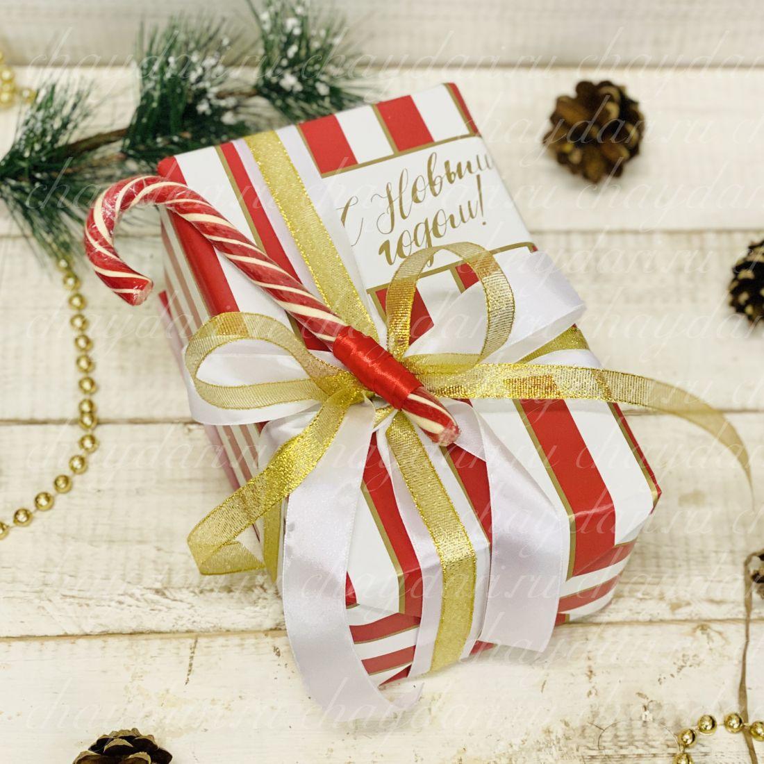 """Коробка с чаем и сладостями """"Санта"""""""