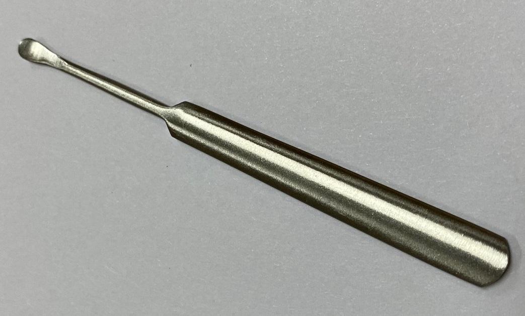 Ложка металическая (8 см)
