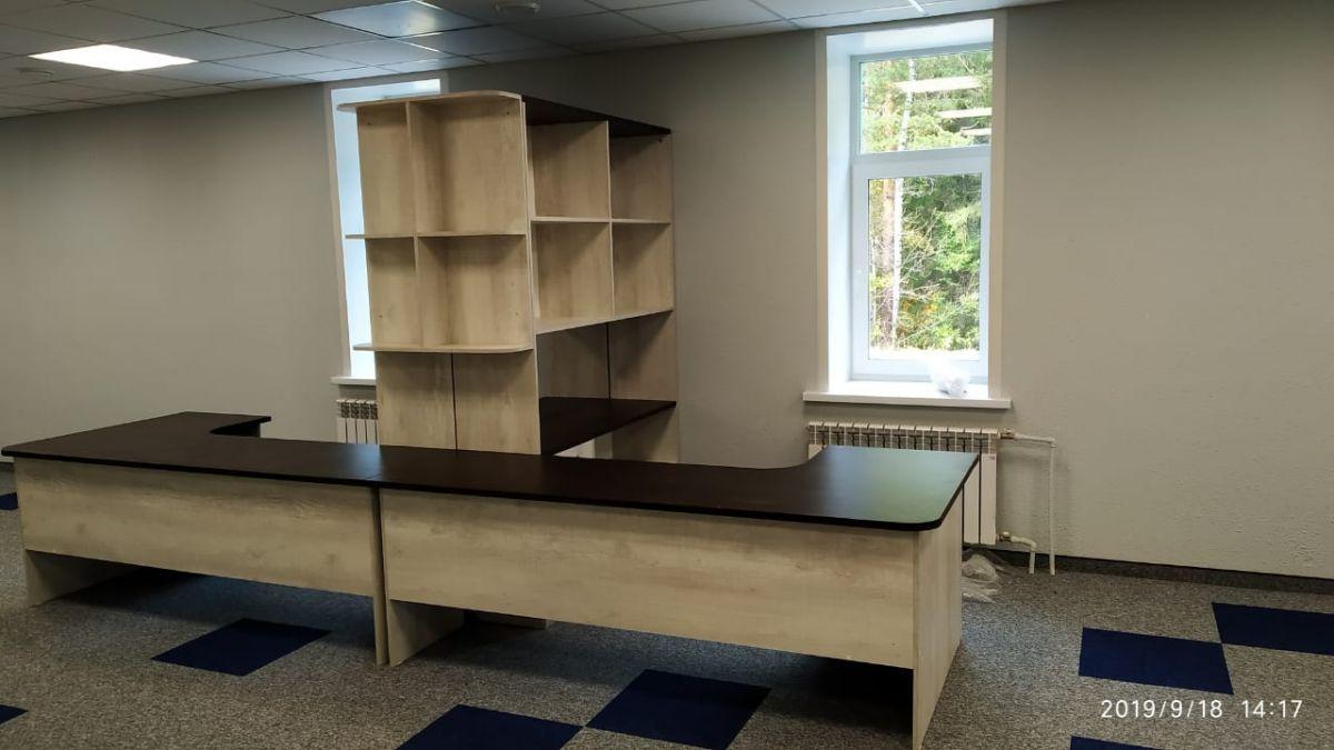 Комплект офисной мебели на 2 рабочих места Бетон Пайн Белый/Венге