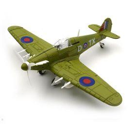 Сборная модель истребитель Хоукер «Харрикейн» 1:48 зеленая раскраска