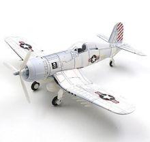 Сборная модель самолета истребителя Чанс-Воут F4U Корсар 1:48 белый