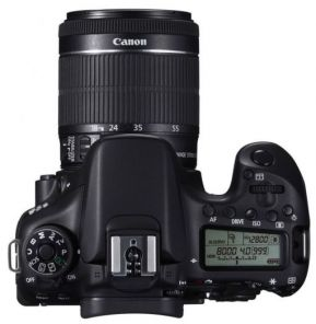 Canon EOS 70D Kit 18-55mm f/3.5-5.6 IS II
