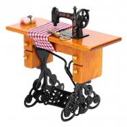 Винтажная мини-швейная машинка №2