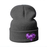 Модная шапка БИНИ СЕРДЦЕ