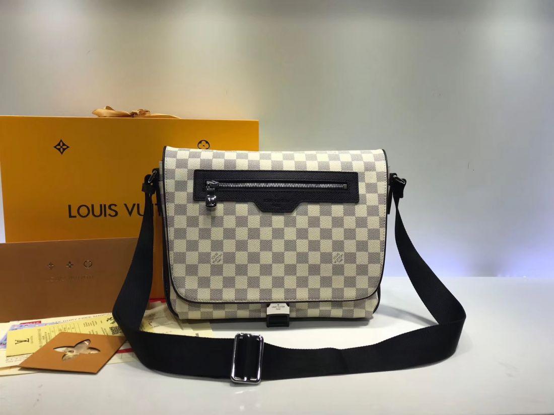 Сумка мессенджер Louis Vuitton Matchpoint
