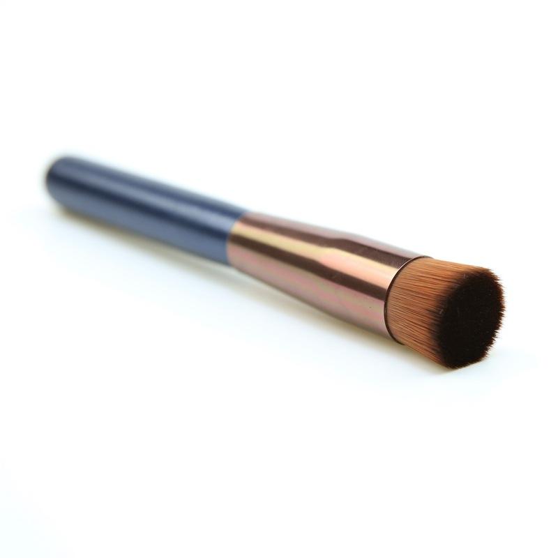 Кисть круглая для тональных основ, кремовых текстур (черная, с прямым срезом) КП208