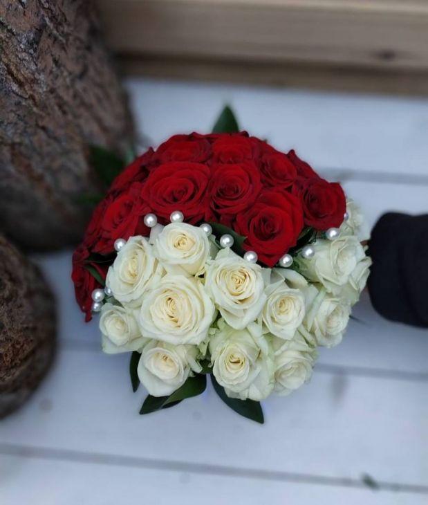 Свадебный букет инь янь