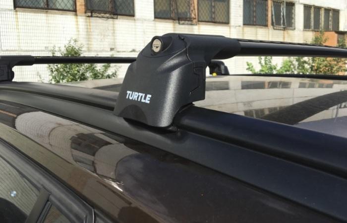 Багажник на крышу BMW X1 E84 2009-15, Turtle Air 2, аэродинамические дуги на интегрированные рейлинги (черный цвет)