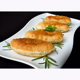 Пирожки жареные с яйцом и зелёным луком