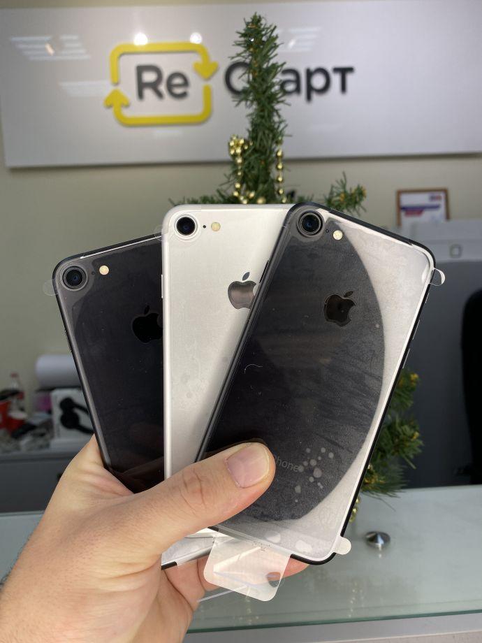 iPhone 7 32 новый, без комплекта.