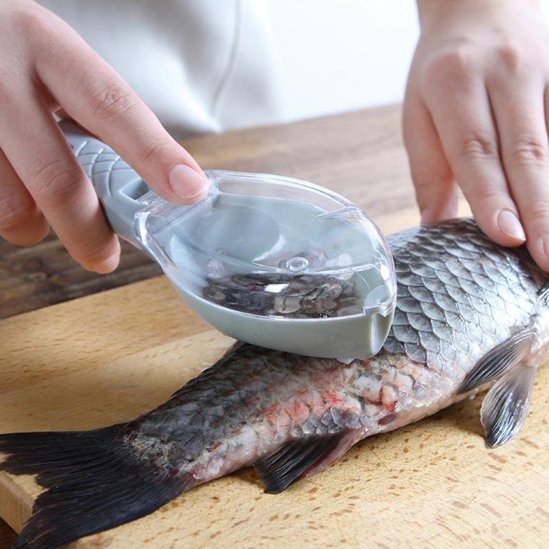 Рыбочистка с контейнером для чешуи Рыбка, цвет Голубой