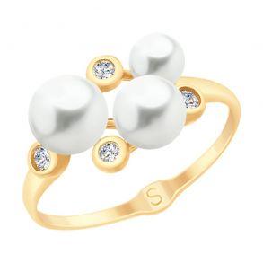 Кольцо из золота с жемчугом и фианитами 791070 SOKOLOV