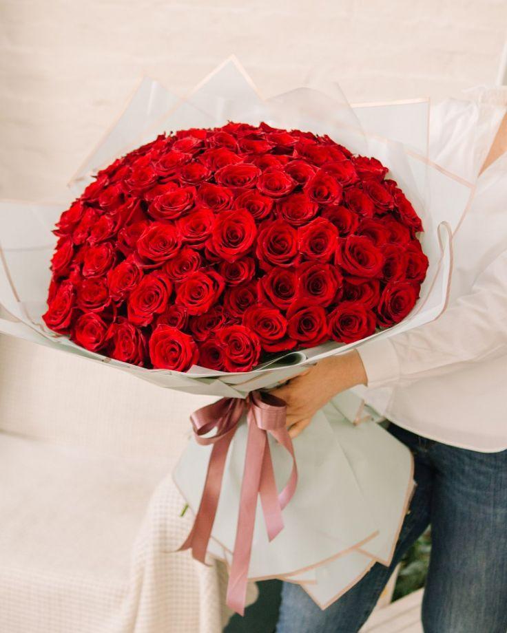 Букет цветов из 101 розы