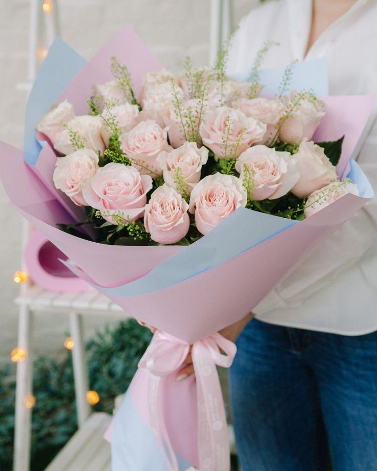 """Букет из 25 роз """"Пинк Мондиаль"""""""