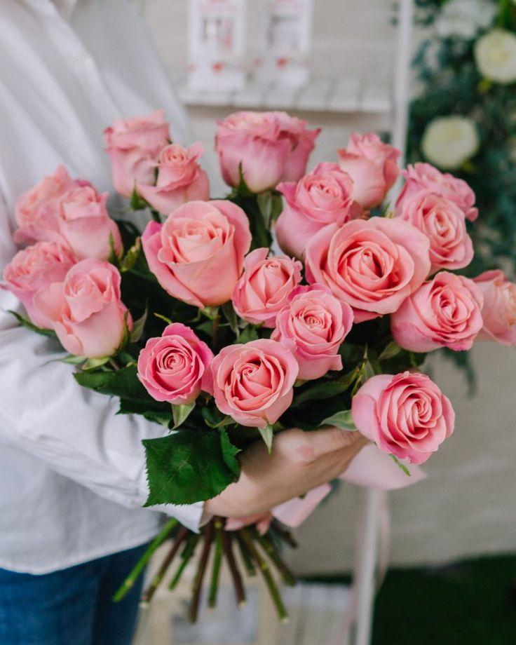 """Букет из 25 роз в """"Хермоза"""""""