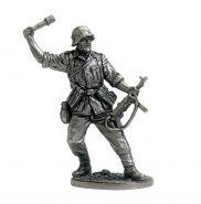 Автоматчик с гранатой, Вермахт (Германия). 1942-45гг. (олово)