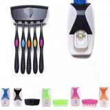 Автоматический дозатор зубной пасты и держатель для щёток