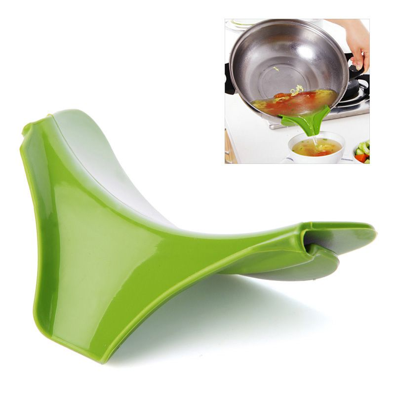 Носик для кастрюли силиконовый SLIP-ON POUR SPOUT (цвет зелёный)