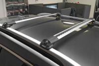 Багажник на крышу Turtle Air 1, аэродинамические дуги на рейлинги (серебристый цвет)
