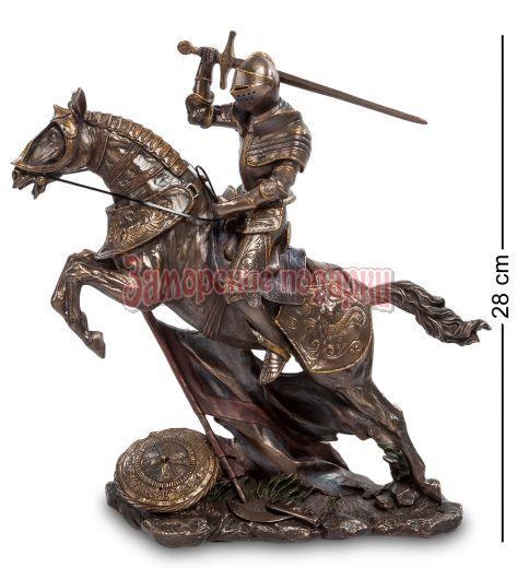 """WS- 91/ 1 Статуэтка """"Рыцарь на коне"""""""