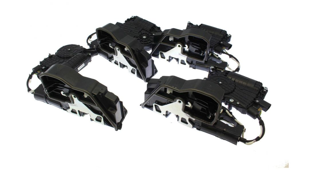 Автомобильный доводчик дверей BMW 5 (F18), 7 (F02) Impulse XD018 (комплект на 4 двери) тип1