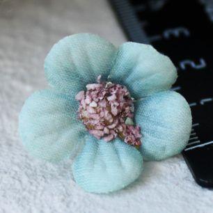 Тканевые цветы бирюзовый Кукольная миниатюра