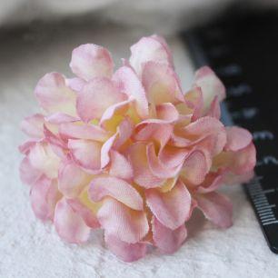 Бумажный цветок нежно-розовый 3 см Кукольная миниатюра