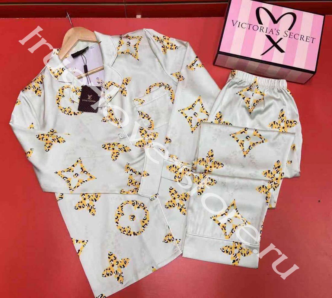P1007 -  пижама Louis Vuitton