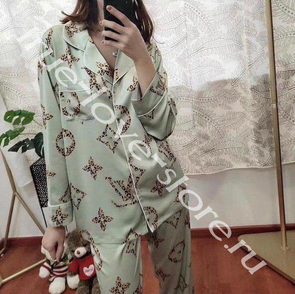 P1020 -  пижама Louis Vitton