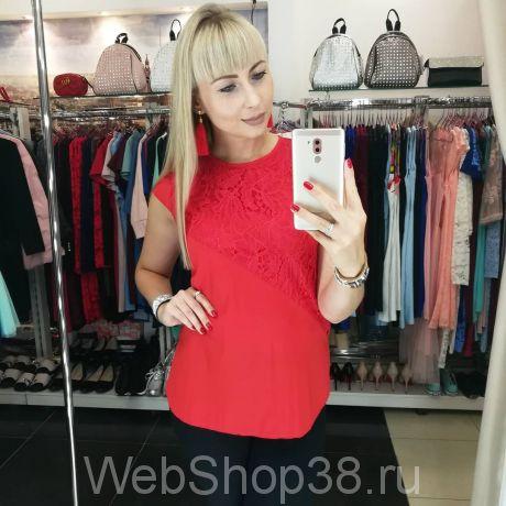 Красная блузка из поплина и гипюра
