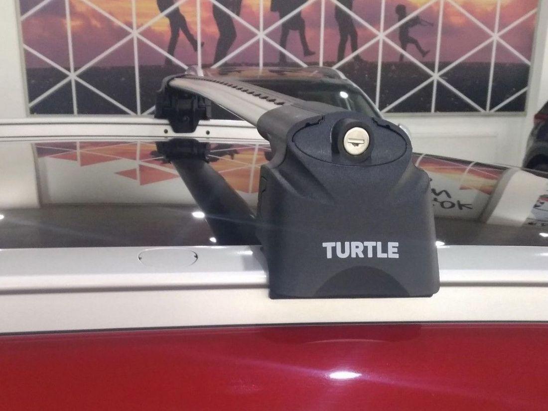 Багажник на крышу Kia Sportage 4, Turtle Air 2, аэродинамические дуги на интегрированные рейлинги (серебристый цвет)