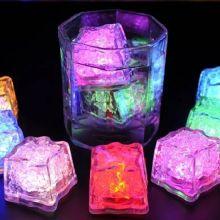 Светящийся кубик светодиодного льда, 1 шт.