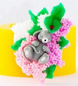 Мышонок в цветах 3D силиконовая форма