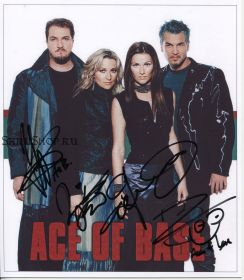 Автографы: Ace of Base. Юнас Берггрен, Ульф Экберг, Линн Берггрен, Йенни Берггрен